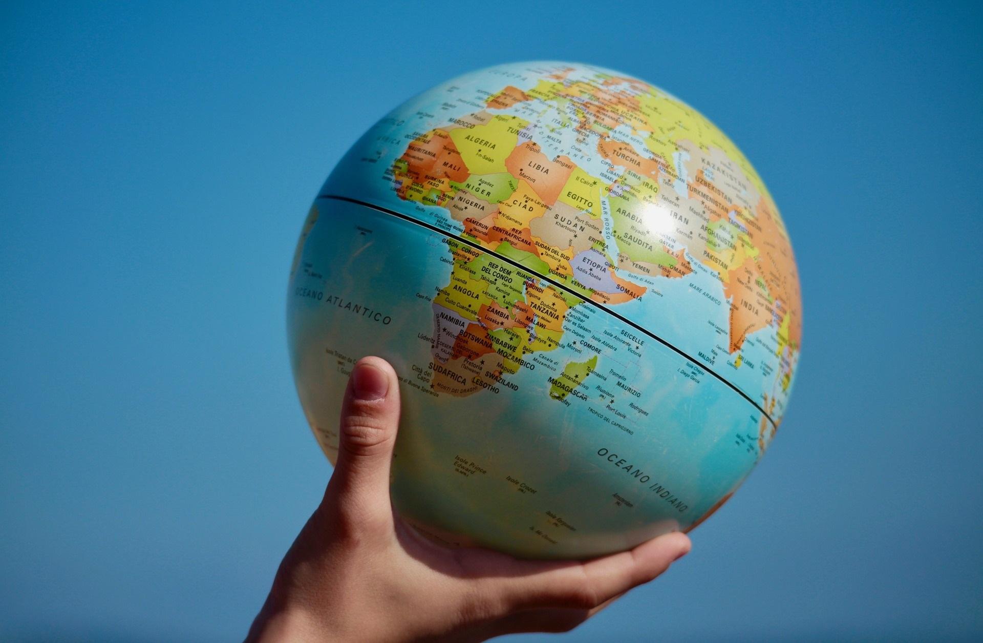 Świat w Twoich rękach-biuro podróży OdraTravel w Szczecinie