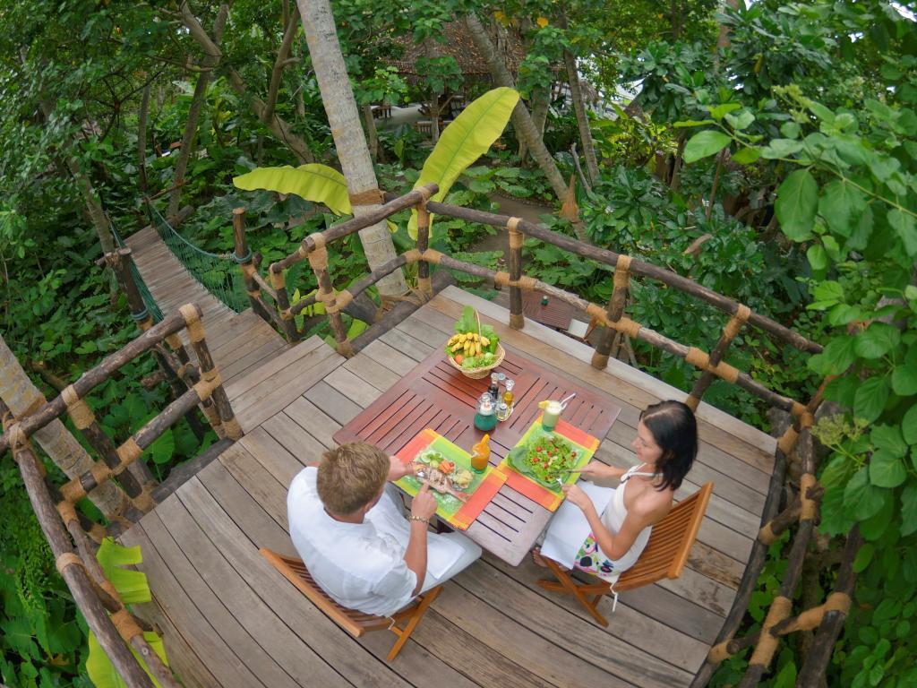 Malediwy / bungalow na wodzie - oferta z dojazdem na lotnisko, najlepsza cena!